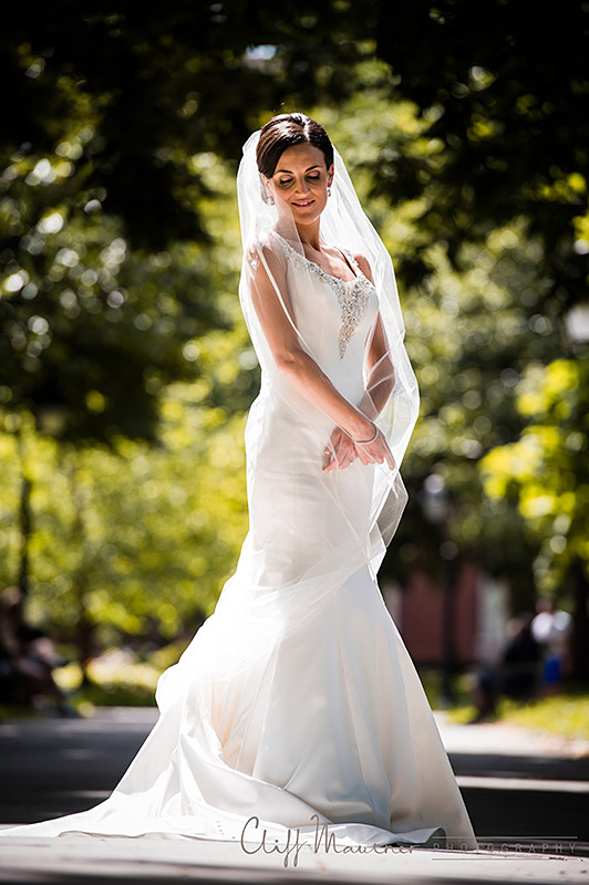 Bridal portrait in Washington Square Park